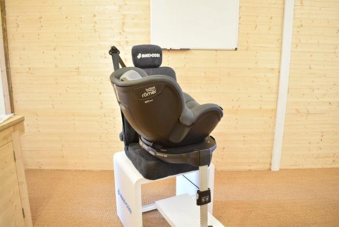 Britax_DualFix_M_i_Size_Car_Seat_16