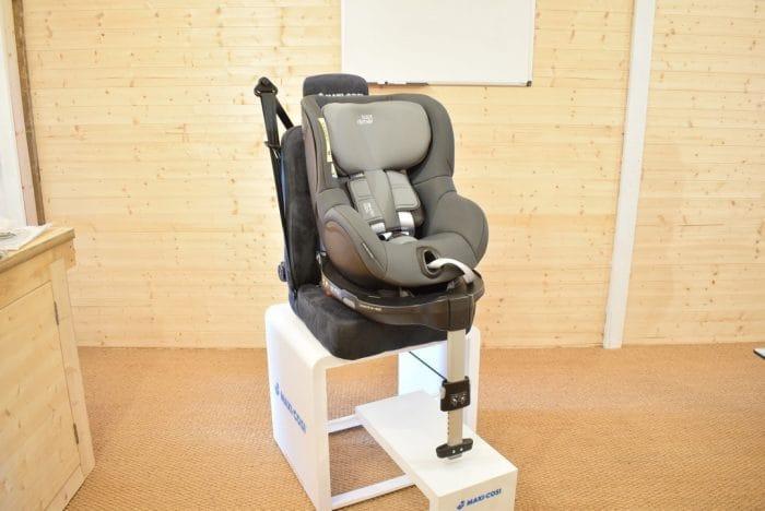 Britax_DualFix_M_i_Size_Car_Seat_6