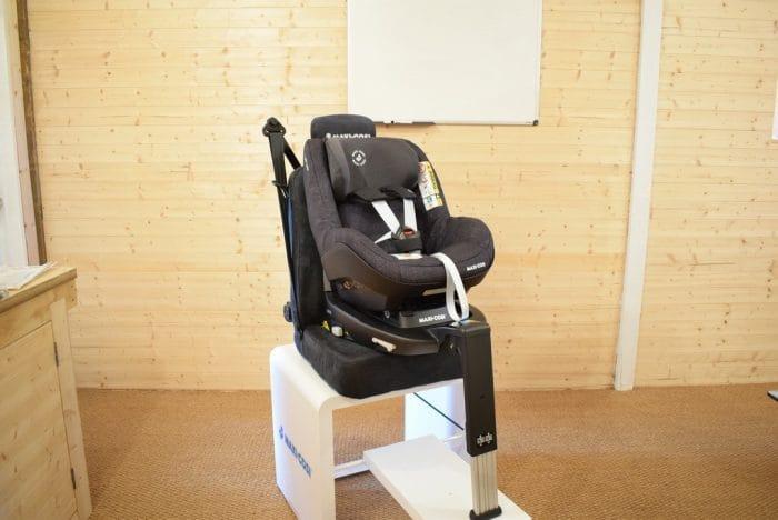 Maxi_Cosi_Pearl_Pro_Car_Seat_9