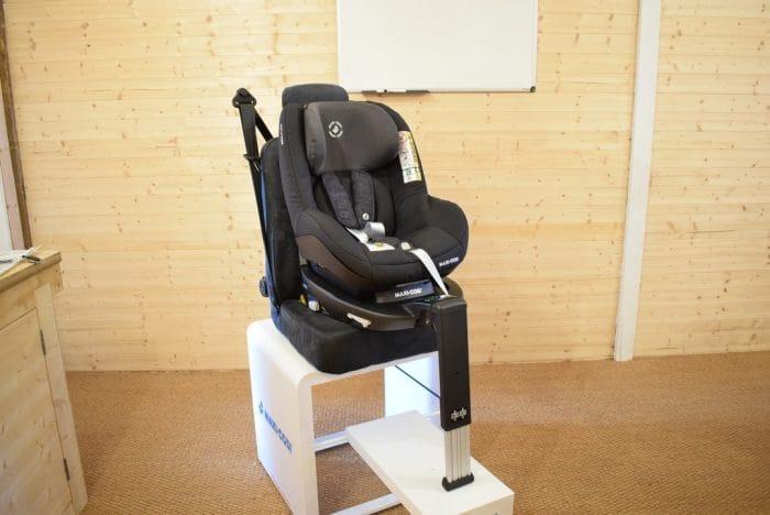 Maxi_Cosi_Pearl_Smart_Car_Seat_5