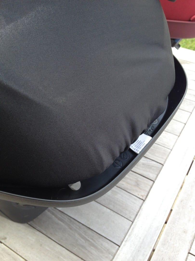 Maxi-Cosi CabrioFix sun canopy plastic hideaway