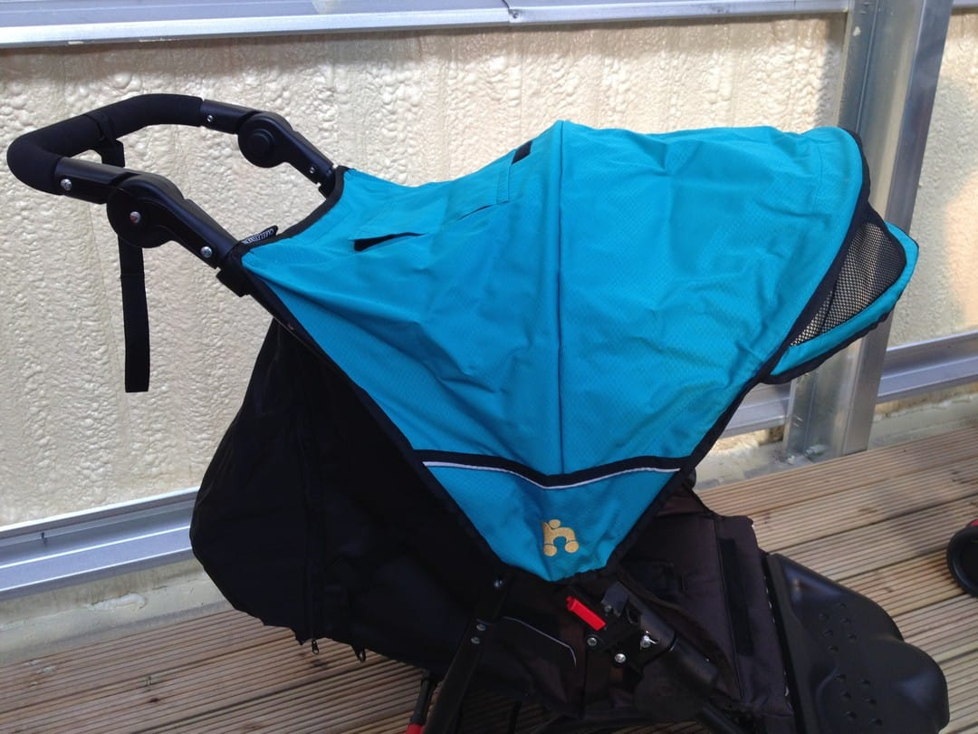 Out n About Littl Nipper Sun Canopy and Pull-Out Sun Visor