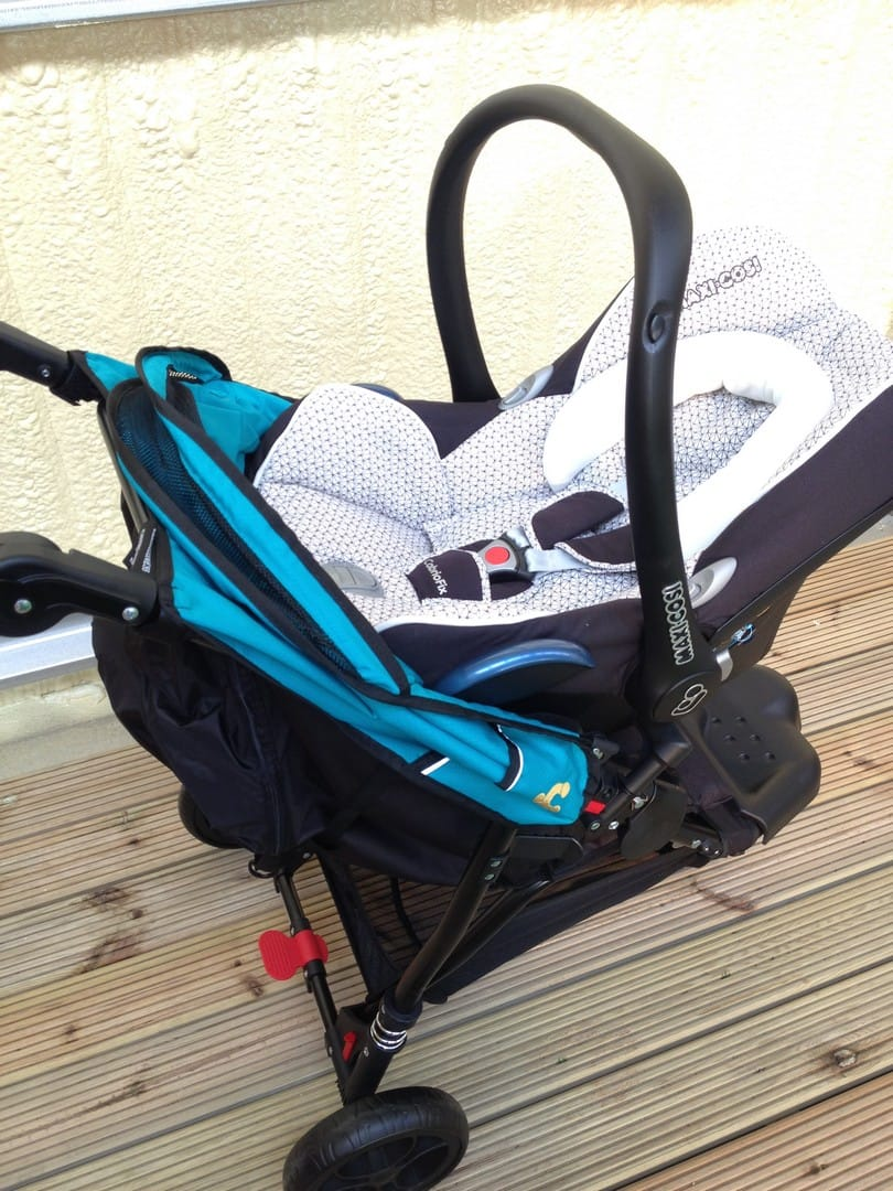 Out n About Little Nipper with Maxi-Cosi CabrioFix