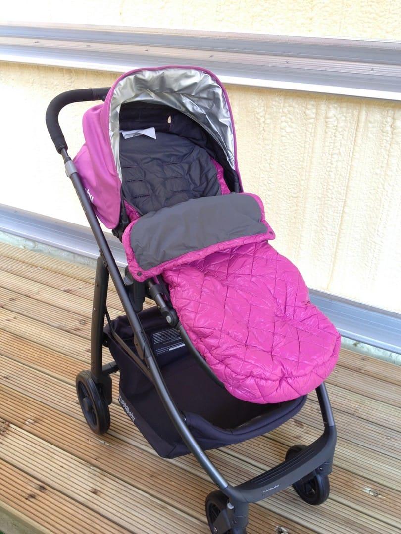 UPPAbaby Cruz 2015 with Baby Ganoosh Footmuff in Pink