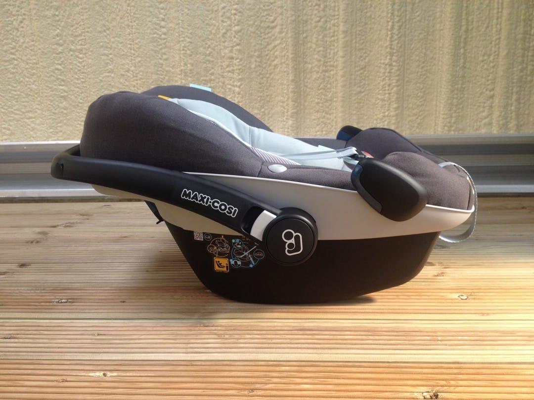 Maxi-Cosi Pebble Plus Car Seat with Handle in Rocking mode