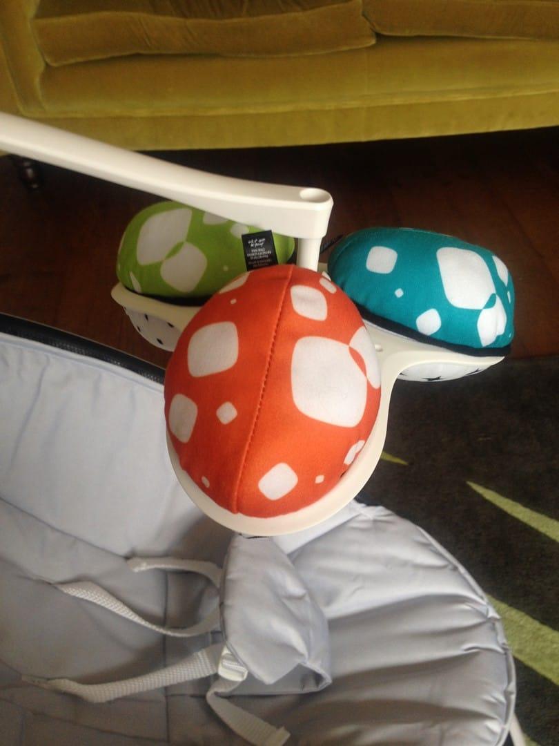 4moms mamaRoo soft play toys