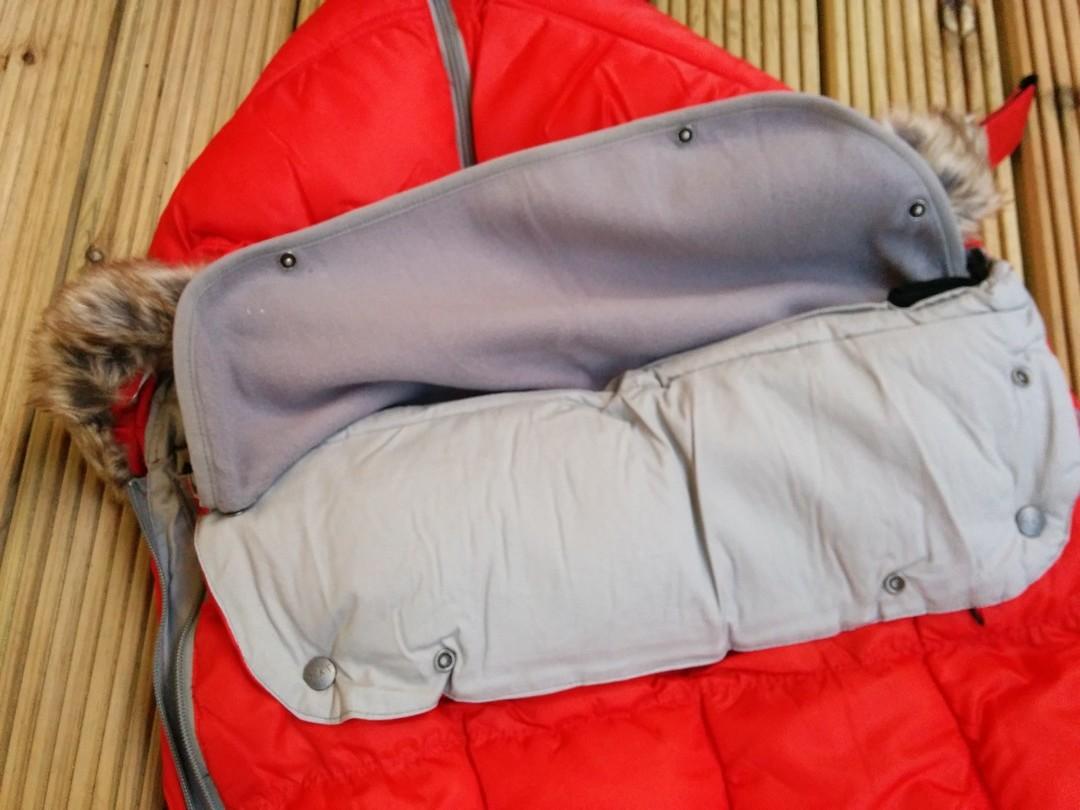 7am Enfant Le Sac Igloo Removable Fleece