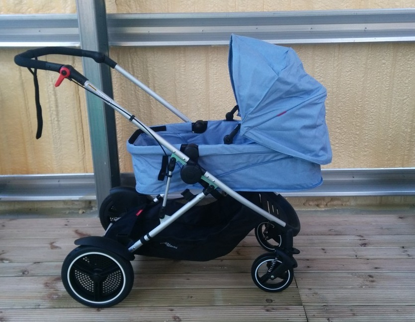 Phil & Teds Voyager Pushchair in bassinet mode