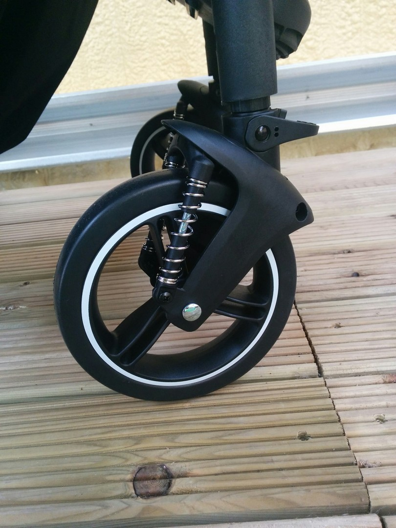 Phil & Teds Voyager Front wheels and suspension