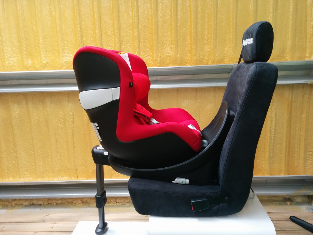 cybex sirona m i size car seat review buggybaby. Black Bedroom Furniture Sets. Home Design Ideas