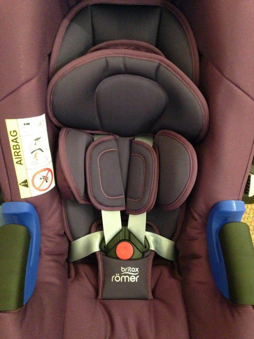 Britax Baby Safe i-Size Car Seat with newborn insert