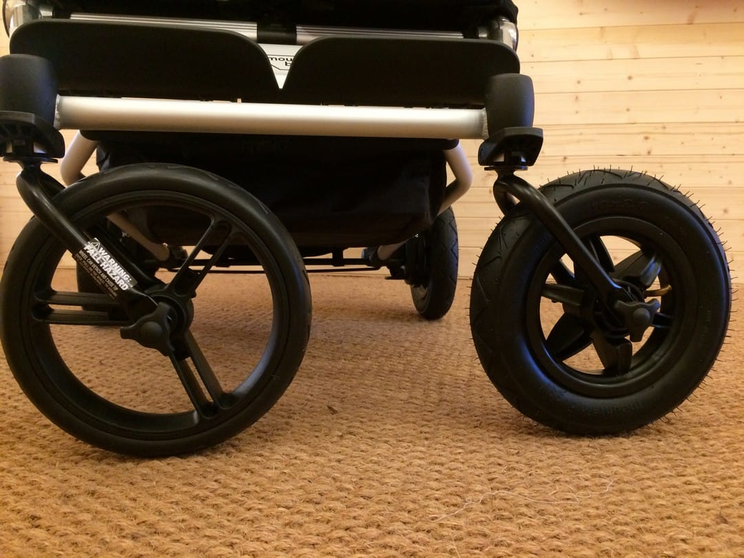 Mountain Buggy Duet Aerotech Wheel Bundle - Comparison between air-filled and Aerotech wheels