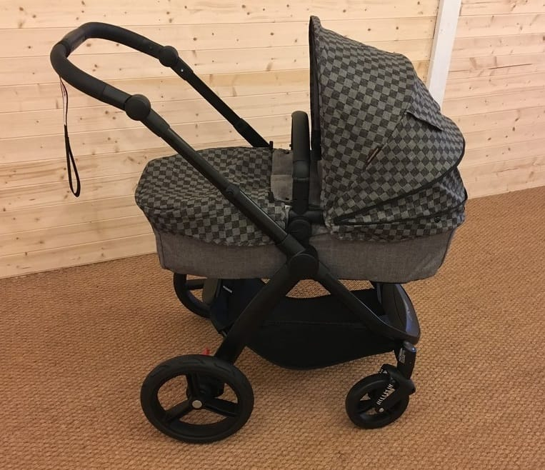 The Mountain Buggy Cosmopolitan Luxury Pushchair in bassinet mode