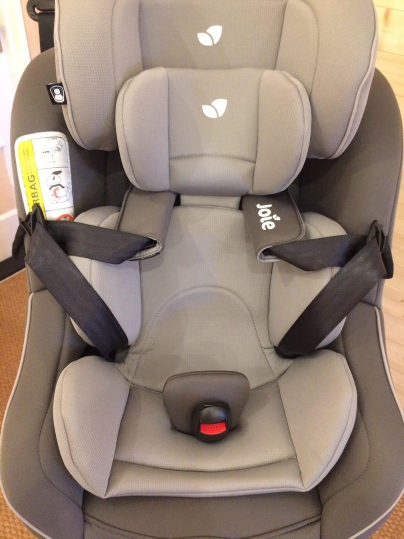 3-piece infant insert included with the Joie Spin 360 Car Seat