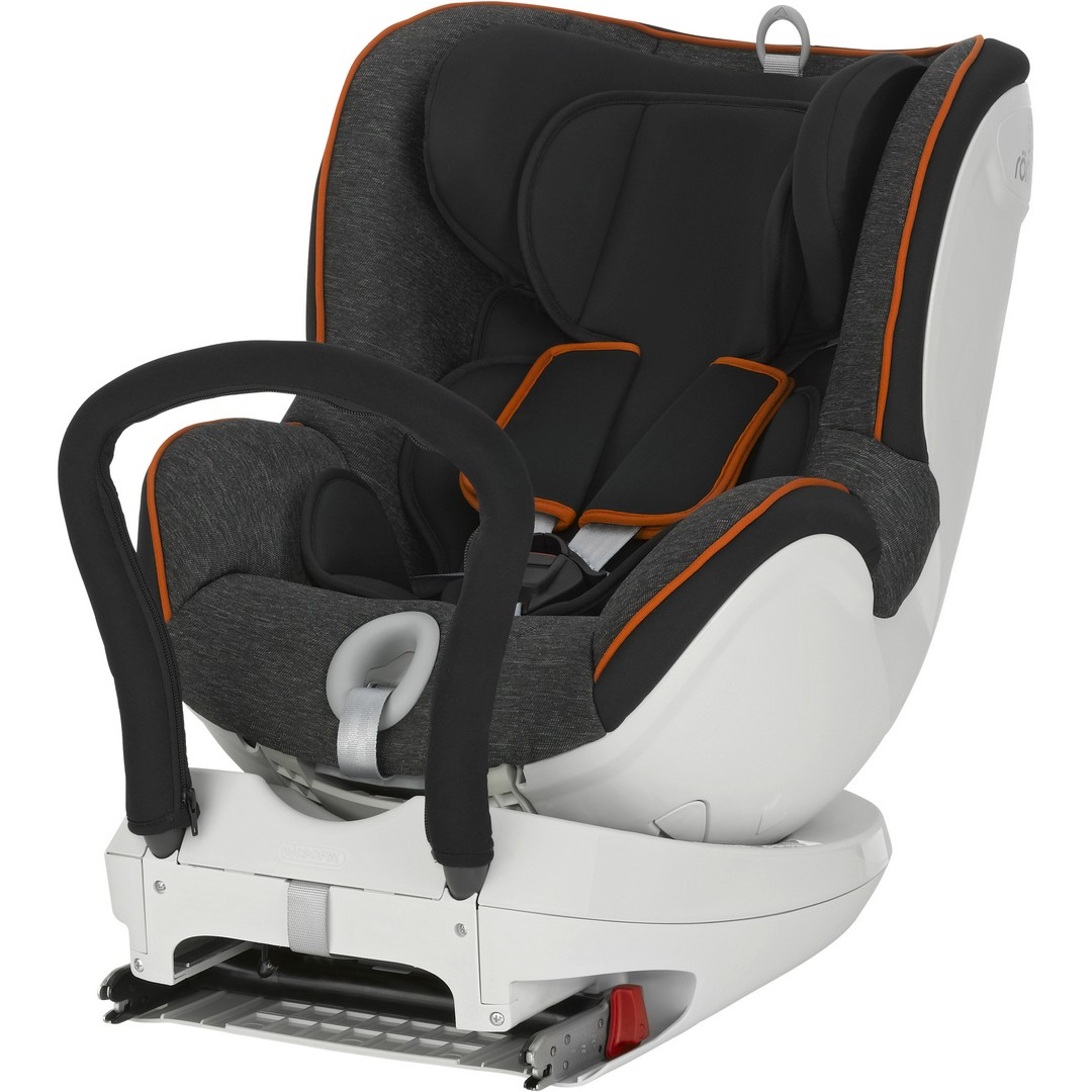 Rearwards Facing Car Seat With Impact Shield