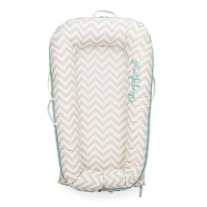 Deluxe Plus Baby Pod, 0-8 Months - Speciality Prints - Silver Lining