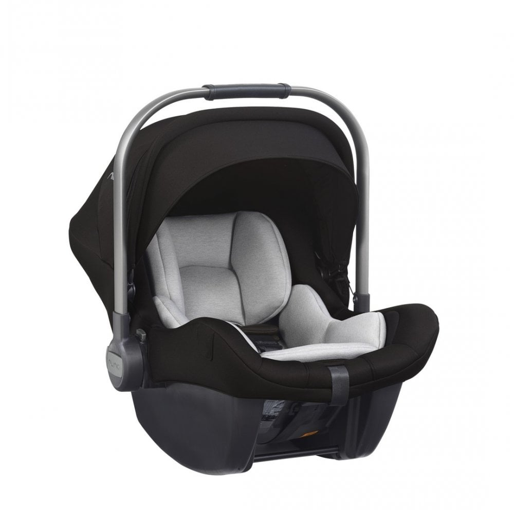 Pipa Lite LX Car Seat With Isofix Base